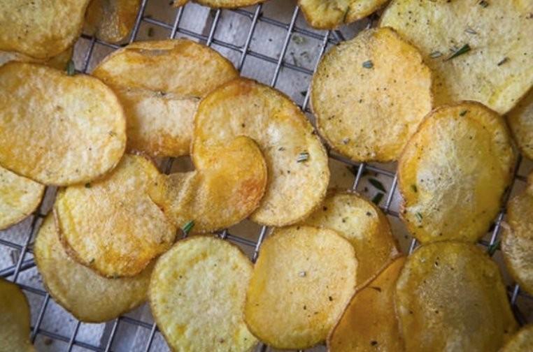 Zdravé domácí bramborové chipsy z výbornou chutí recept