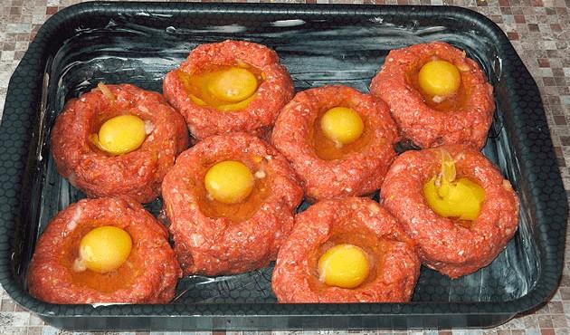 Karbanátky na plechu jsou zdravější, chutnější a bez smažení recept