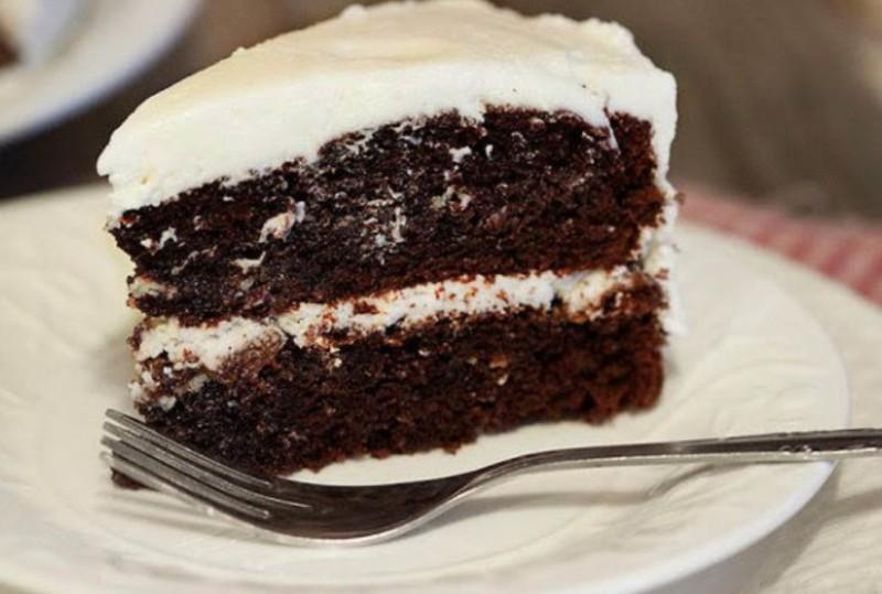 Fajnový domácí vláčný dort s čokoládou a kávou recept