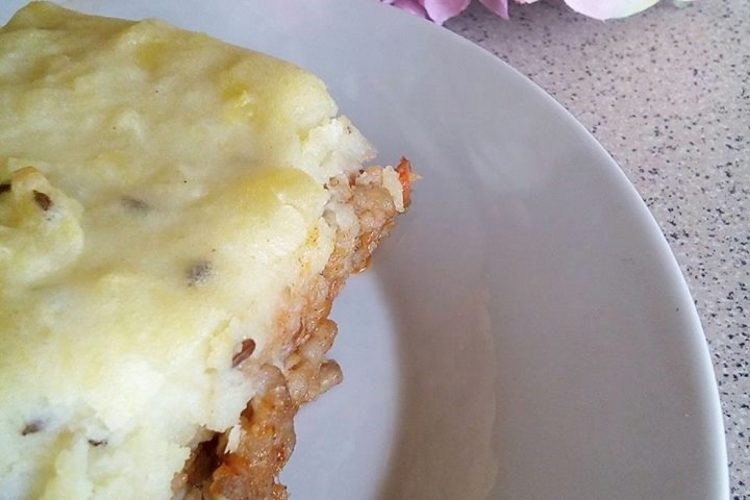 Mleté maso zapečené s bramborovou kaší