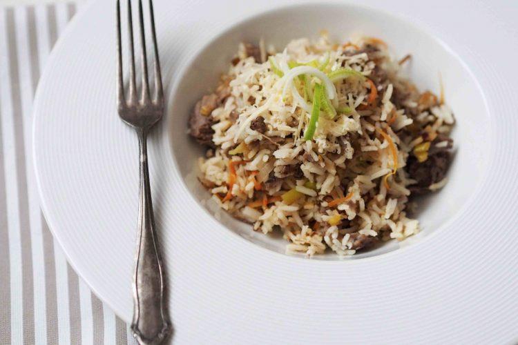 Rýže s hovězím masem a zeleninou