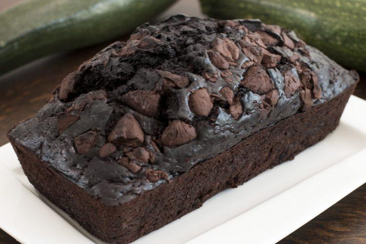 Video: Cuketový chlebíček s extra porcí čokolády