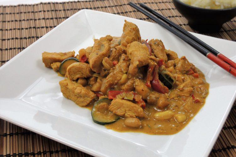 Krůtí asijská směs se šafránovou rýží