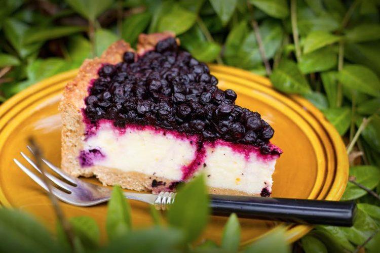 Cheesecake z ricoty a borůvkami