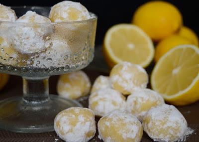 Extra rychlé citronové lanýže z bílé čokolády