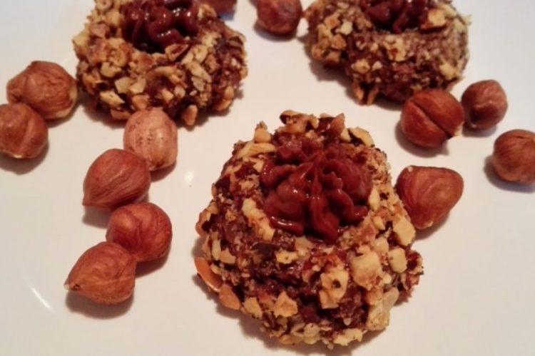 Ořechové koláčky plněné krémem