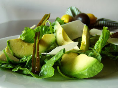 Salát s avokádem