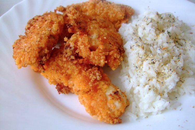 Smetanové kuře v kukuřičné strouhance