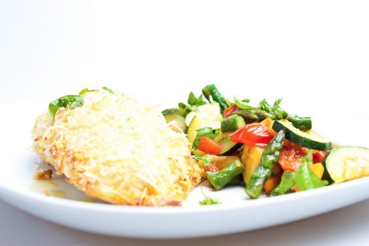 Plněný kuřecí prsíčka se zeleninou