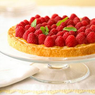 Osviežujúci koláč s čerstvými malinami