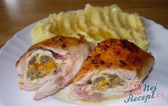 Plněná kuřecí stehna