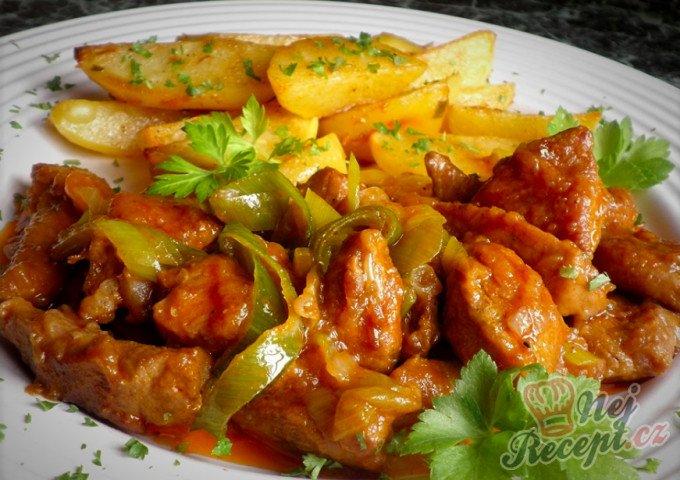 Vepřové maso s pórkem a tatarkové bramůrky