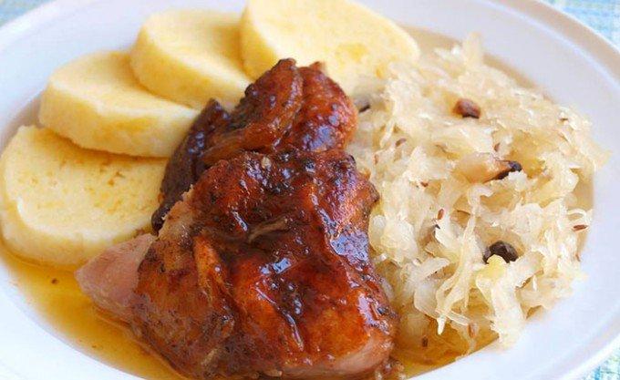 Krůtí pečínka na másle a majoránce
