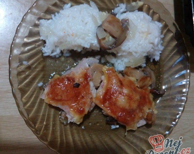 Skrytá prsa s rýži