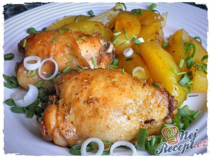 Kuřecí špalíčky s bramborami ze sáčku