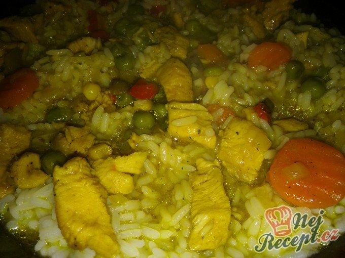 Kuřecí se zeleninou na kari