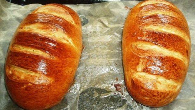 Domáci chlieb zo základných surovín s úžasnou chrumkavou kôrkou – pripravený za 30 minút!