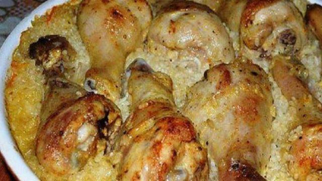 Zapečené kuracie mäso s ryžou, kyslou smotanou a zeleninou! Rýchla večera pre celú rodinu