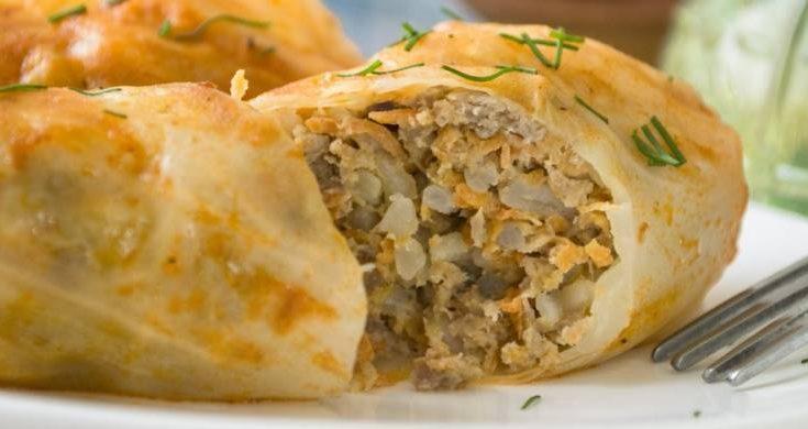 TENTO Staroslovenský recept si jednoducho zamilujete: Kapustové listy plnené mletým mäsom a ryžou.