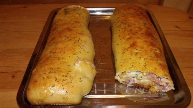 Chlebíčky už ani nepripravujem, toto je lepšie: Slaná ŠTRÚDĽA- Stačí nakrájať a máte hotovo, hostia pýtali okamžite recept!