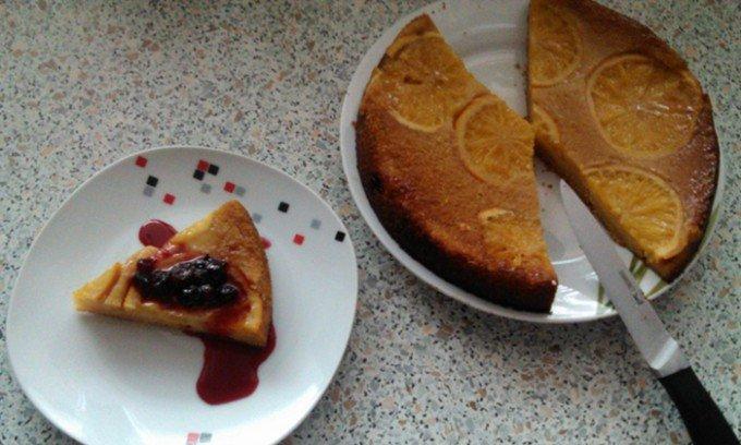 Pomerančový koláč s lesním ovocem