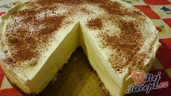 Nepečený dort s vanilkovým krémem