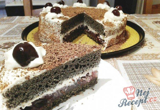 Makový dort s višněmi
